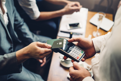 The Pros and Cons of Contactless Payment